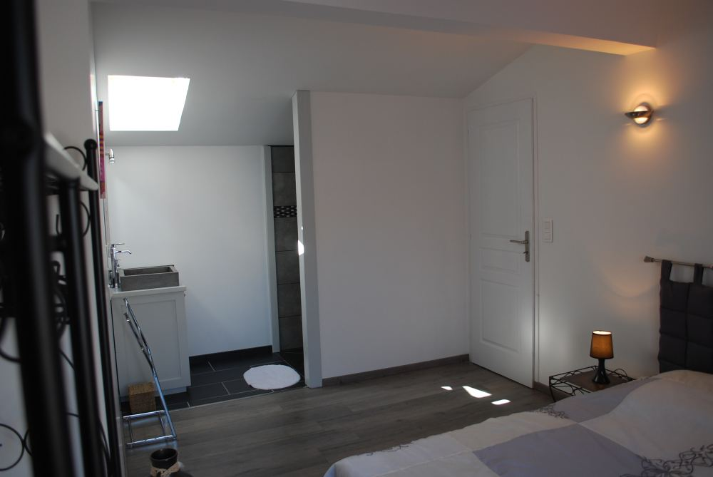 location avec piscine chauff e sur l 39 le d 39 ol ron class e 4 toiles. Black Bedroom Furniture Sets. Home Design Ideas